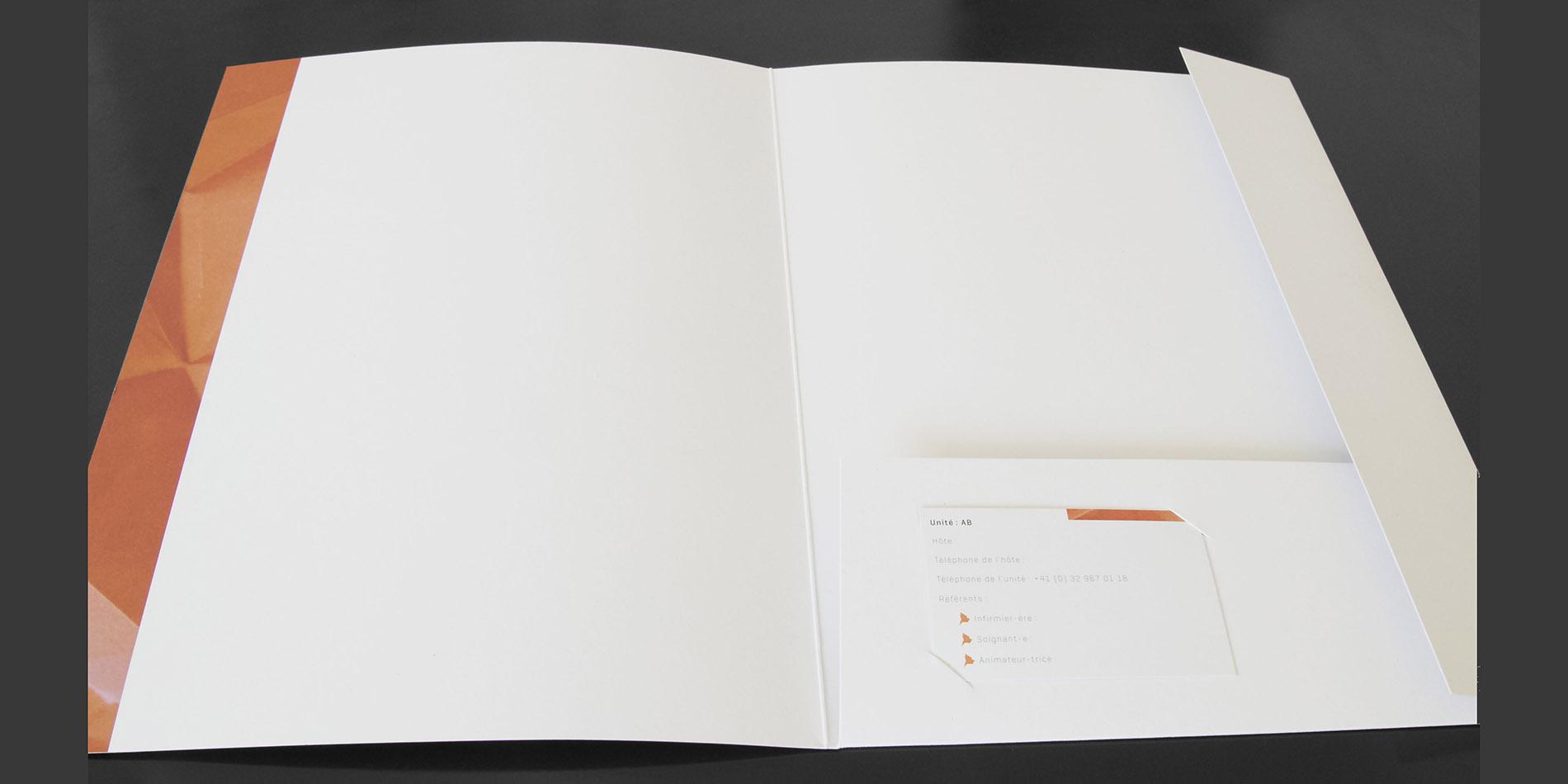 La Sombaille - mappe - B12communication, communication et graphisme